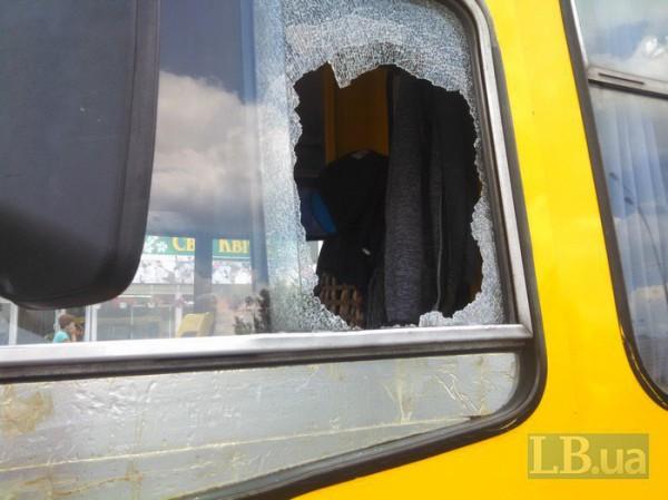 Автомобилист устроил на дороге разборки