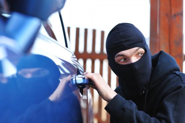 Современные авто можно вскрыть без физического взлома