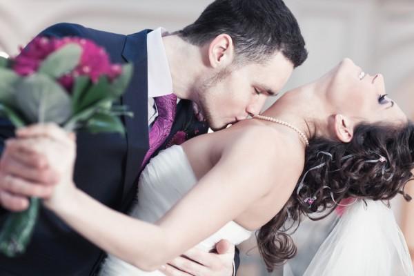Как определить на свадьбе, каким будет муж