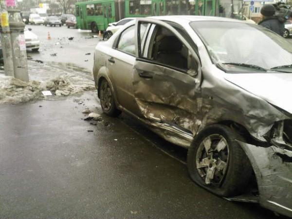Chevrolet серьезно пострадал