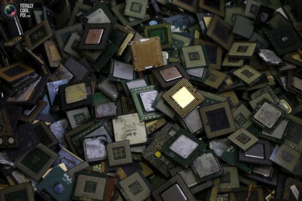 В 2014 году на свалки выкинули 41,8 миллиона тонн электроники