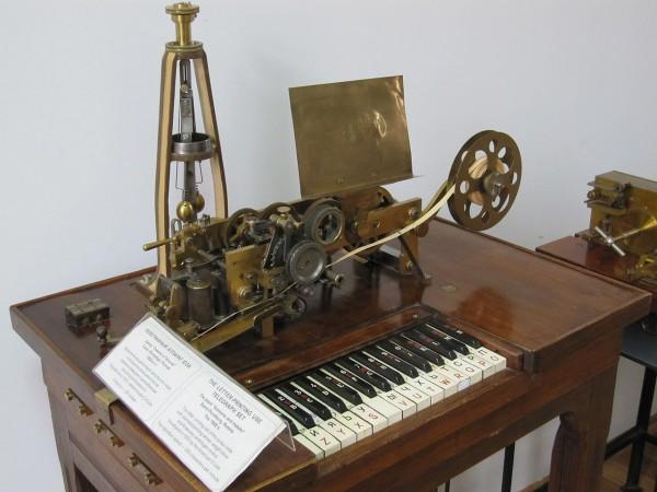 Клавишный телеграф