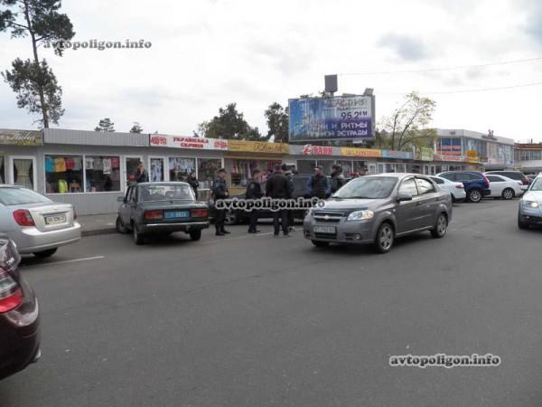В Киеве произошла авария со стрельбой