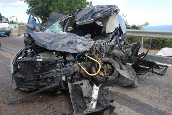 В ДТП погибли два человека и пострадали еще 20
