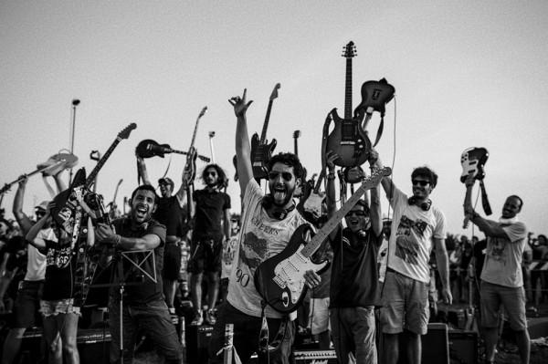 Итальянские музыканты пригласили Foo Fighters в свой город