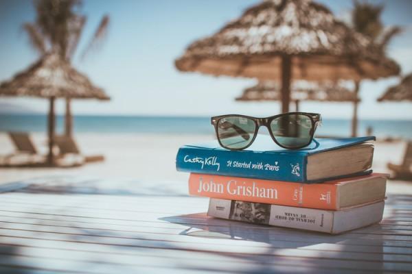 Летом читается особенно хорошо