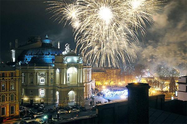 В Одессе в принципе каждый день - праздник, что уж говорить про Новый 2014 год.