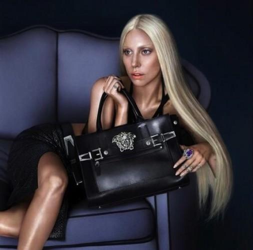 Леди Гага выполнена в воске