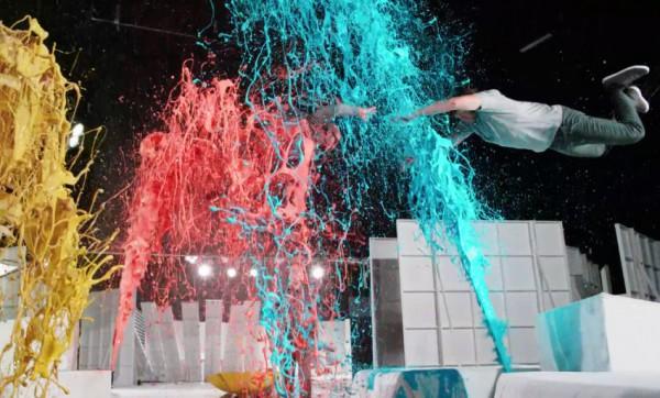 Кадр из нового клипа OK Go