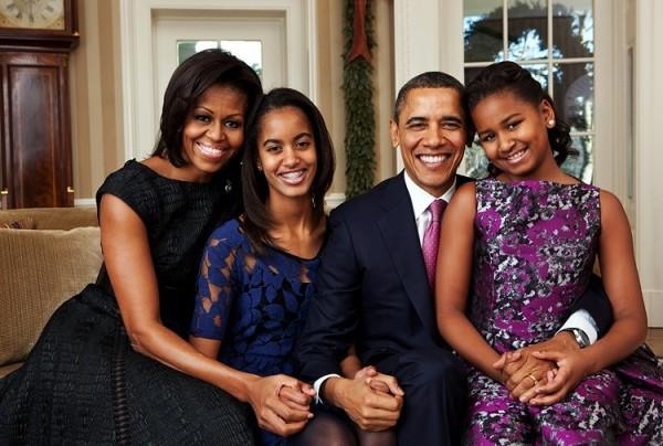 Супруги Обама в скором времени выпустят книгу мемуаров