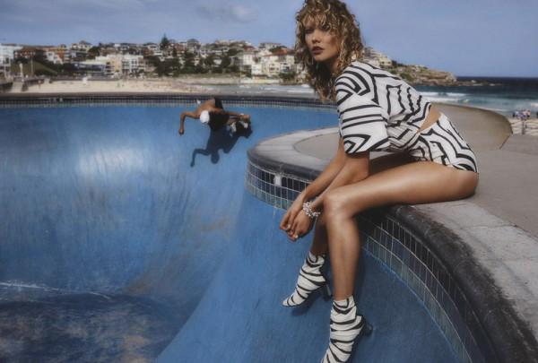 Карли Клосс снялась для Vogue