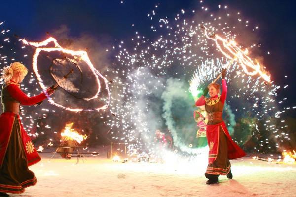 Масленица 2013: в Парке Киевская Русь будет огненное шоу и фейерверк