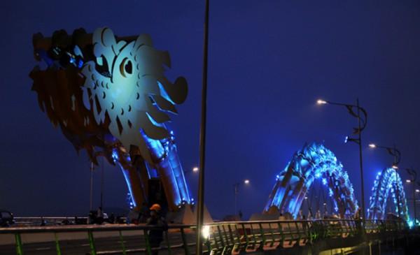 Dragon Bridge - новый мост в виде дракона во Вьетнаме