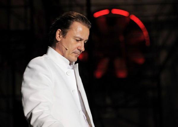 Олег Меньшиков в спектакле Портрет Дориана Грея. Фото предоставлено PR-компанией Дель Арте