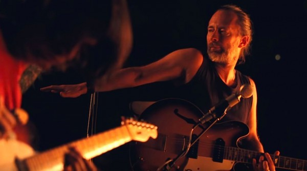Кадр из нового клипа Radiohead