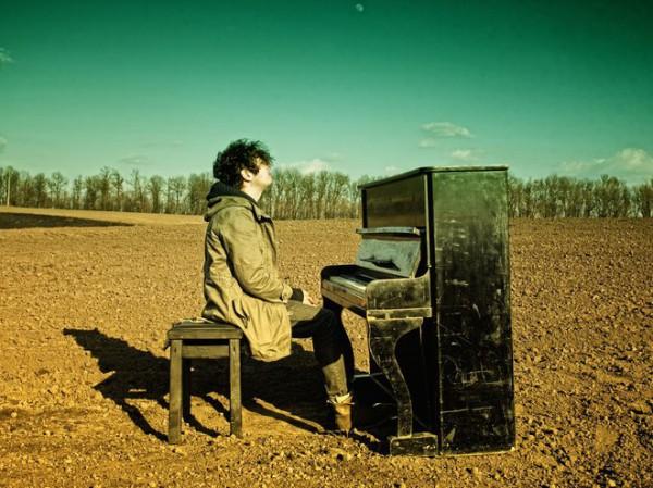 Pianiбой спел Родину на украинском языке.