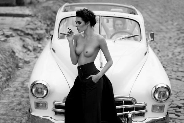 Выставка Nudes in the city будет впервые представлена в Украине