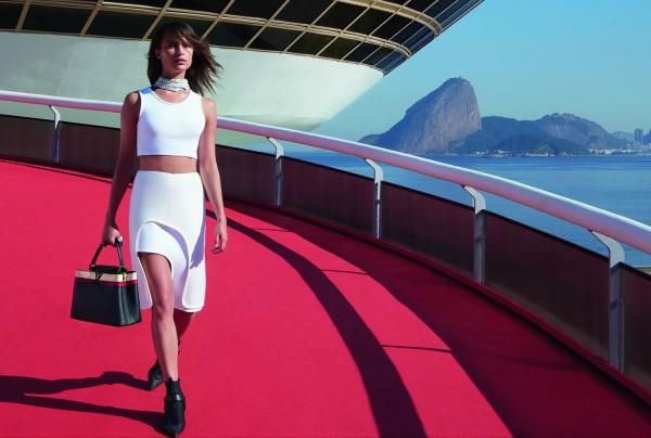 Алисия Викандер стала лицом Louis Vuitton летом 2015 года