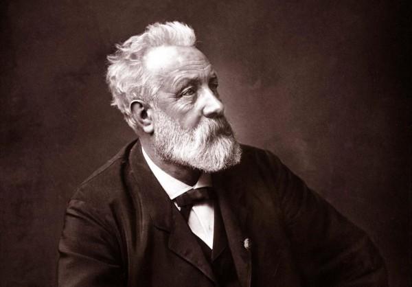 Жюль Верн стал классиком приключенческой литературы