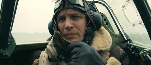 Том Харди сыграл военного летчика в драме Кристофера Нолана Дюнкерк.