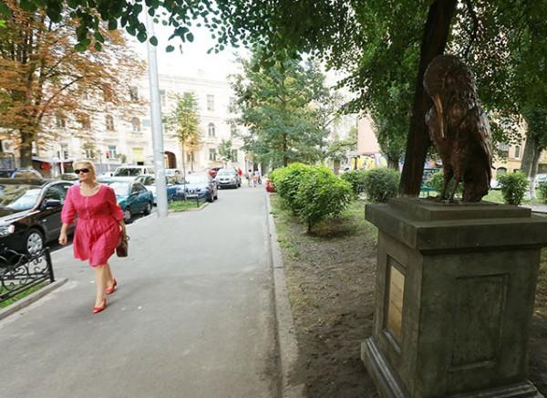 Сквер Киевских интеллигентов на ул. Гончара