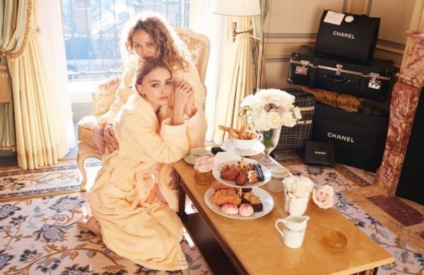 Ванесса Паради и Лили-Роуз Депп появятся вместе на обложке журнала