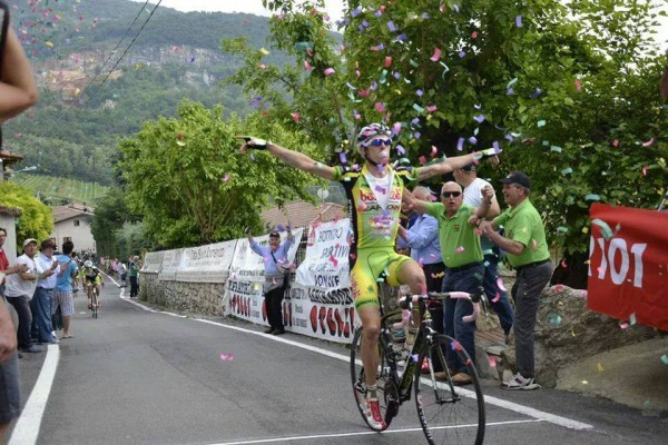 Член велокоманды Amore&Vita (Любовь и жизнь).