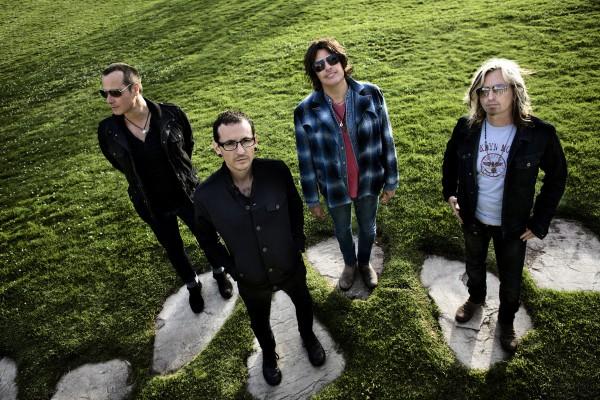 Stone Temle Pilots снова остались без вокалиста