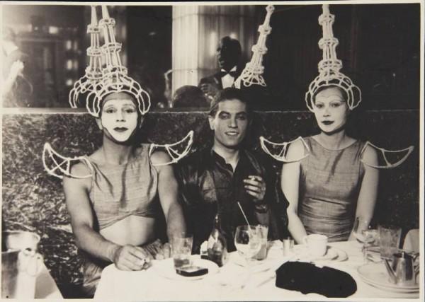 Серж Лифарь, Джулиан Вест и Натали Палей, Париж, бал-маскарад,1931