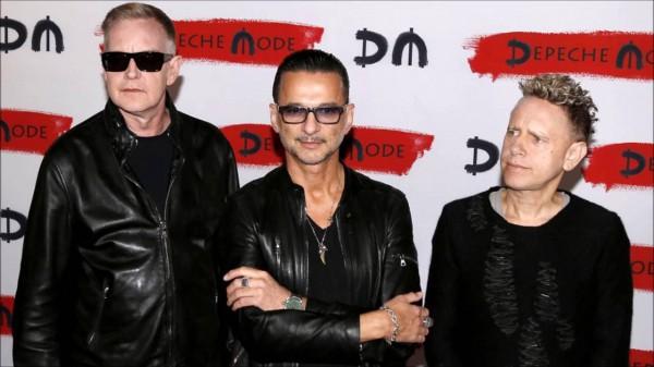 Дэйв, Мартин и Энди ждут ваших правильных ответов.