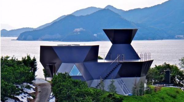Музей архитектуры Тойо Ито, японский остров Омишима префектуры Эхимэ