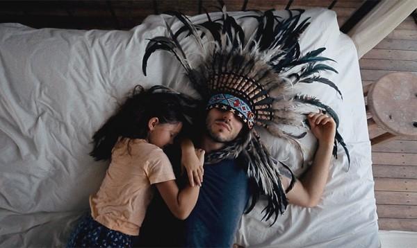 Кадр из клипа SunSay Love Manifest