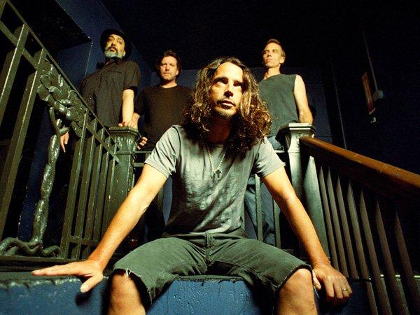 Soundgarden ��������� ����� ����