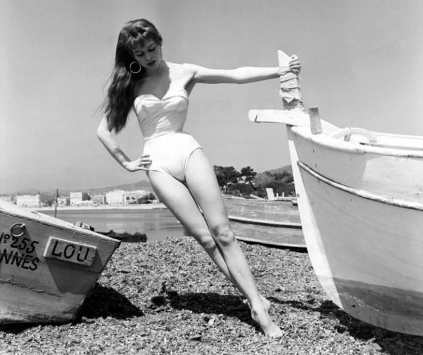 Брижит Бардо попала на Каннский кинофестиваль, когда ей было всего 19 лет.