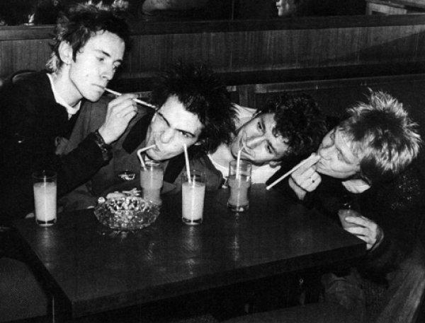 В сеть попала редкая запись Sex Pistols, считавшаяся утерянной