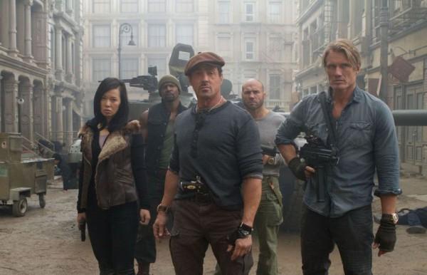 Кадр из фильма Неудержимые 2