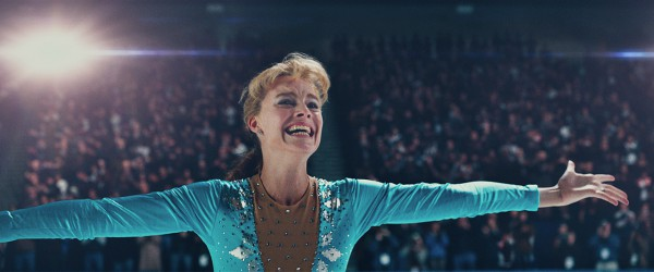 Марго Робби в роли скандальной спортсменки Тони Хардинг.