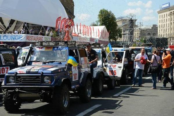 Украина-Трофи 2013 - марафон для настоящих любителей техники. Источник фото: http://auto.ria.ua/news/events/200035/
