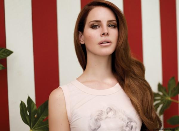 В альбоме певицы есть как ее синглы, так и дуэтные композиции.