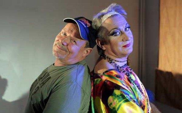 Алексей Маклаков и Владимир Горянский в спектакле Он - моя сестра.