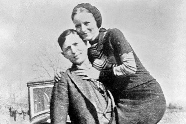 Бонни и Клайд - легендарные американские грабители
