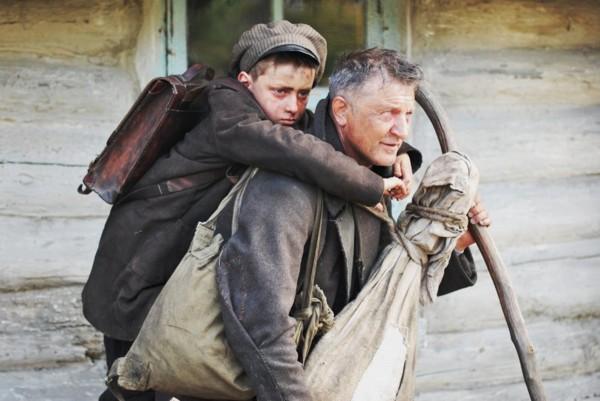 В 2014 г. для соискания номинации на Лучший иностранный фильм Украина отправила ленту Поводырь.