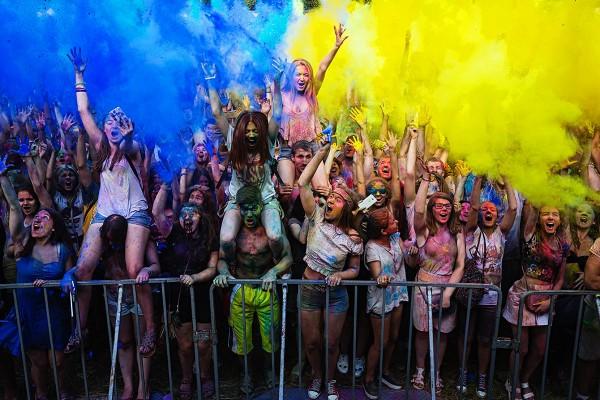 На День независимости в Киеве пройдет фестиваль красок Холи.
