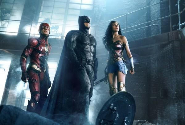 У Лиги справедливости вышел первый трейлер.