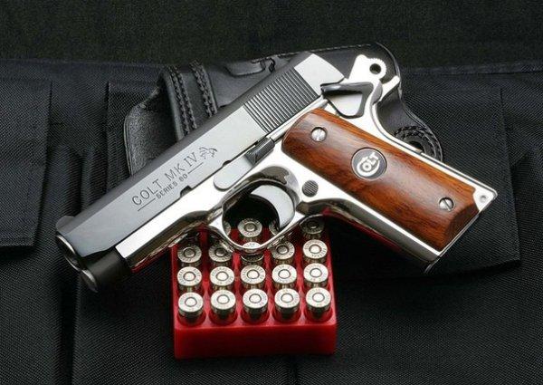 Пистолеты Colt, принадлежавшие Бонни и Клайду, ушли с молотка