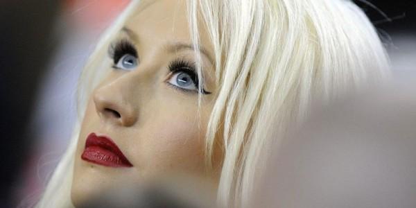 За последнее время на шоу The Voice Кристина Агилера исполнила уже три своих песни из нового альбома
