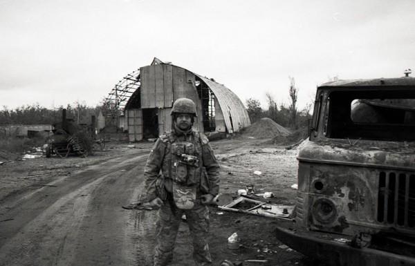 Военный фотограф Олесь Кромпляс открыл в Киеве выставку