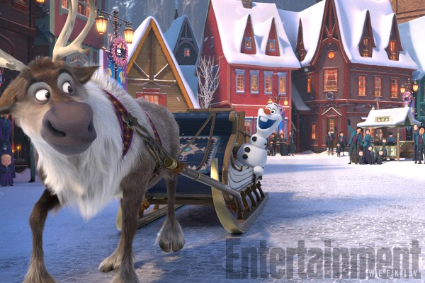 Снеговик Олаф отправляется на поиски традиций для Эльзы и Анны.