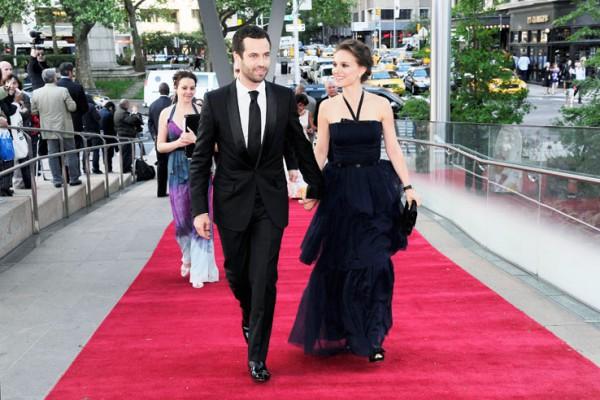 Натали Портман переезжает вместе с мужем в Париж