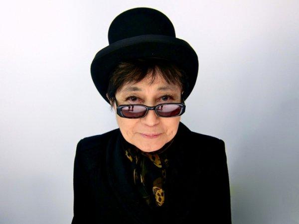 Деятель культуры, певица Йоко Оно